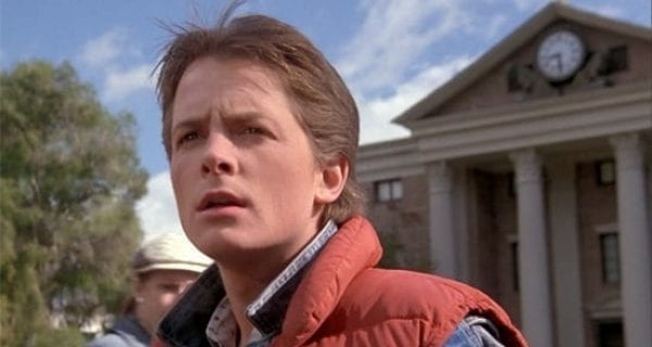 Michael J. Fox como Marty McFly